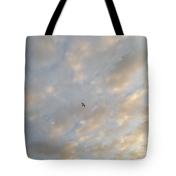 Tote Bag featuring the photograph Jonathan Livingston Seagull by LeeAnn Kendall
