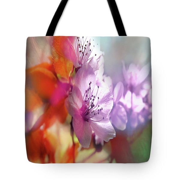 Tote Bag featuring the photograph Juego Floral by Alfonso Garcia