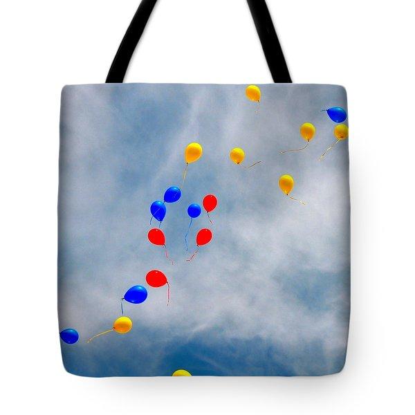 Julian Assange Balloons Tote Bag
