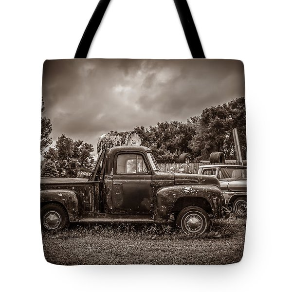 Just In Time Tote Bag by Ray Congrove