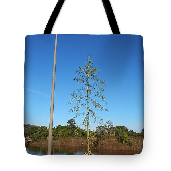 Tote Bag featuring the photograph Just Married by Beto Machado