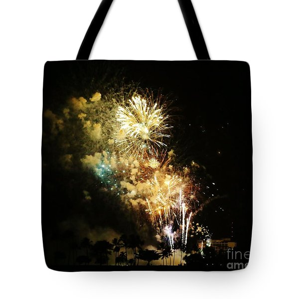 Tote Bag featuring the photograph Kabuki Flash by Craig Wood