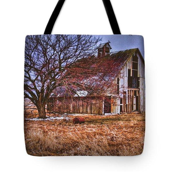 Kansas Countryside Old Barn Tote Bag