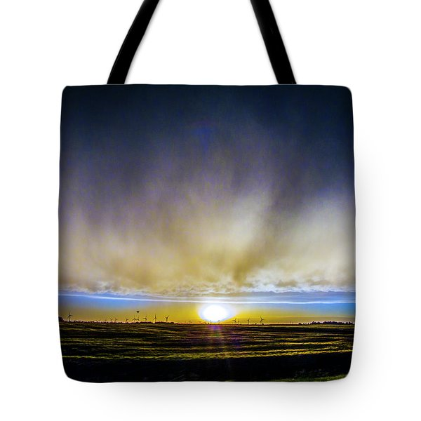 Kansas Storm Chase Bust Day 005 Tote Bag
