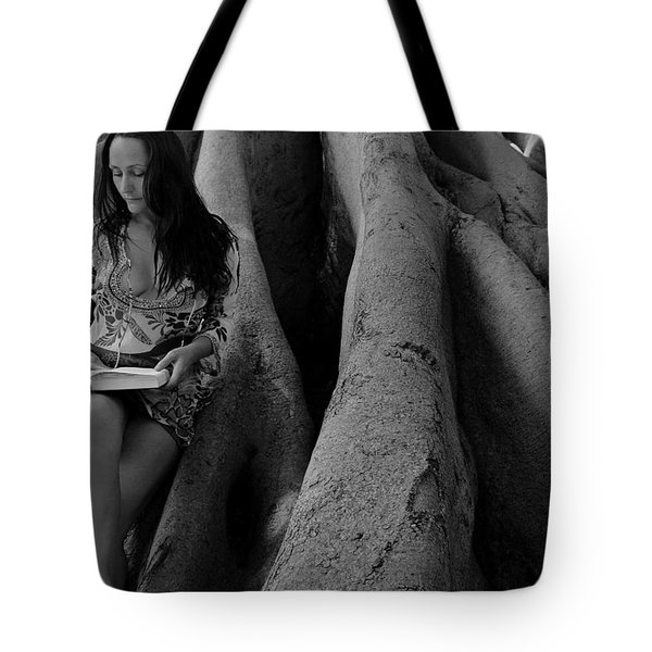 Kassandra 7 Tote Bag