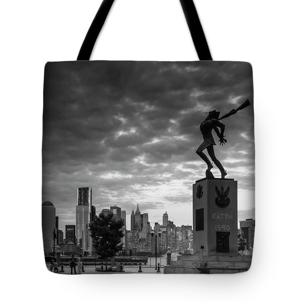 Tote Bag featuring the photograph Katyn New World Trade Center In New York by Ranjay Mitra