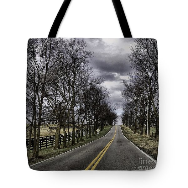 Tote Bag featuring the photograph Kentucky Backroads by Linda Mesibov