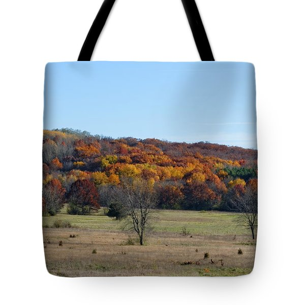 Kettle Morraine In Autumn Tote Bag