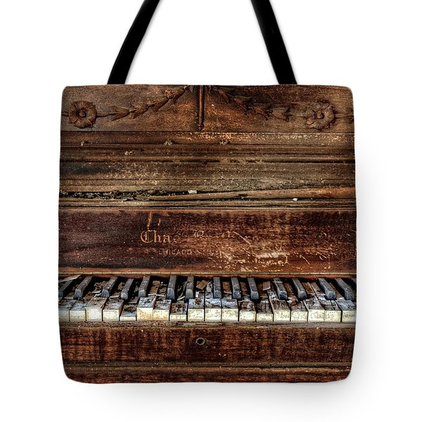 Tote Bag featuring the photograph Keyless by Ken Smith