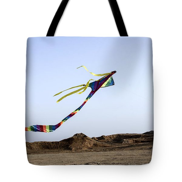 Tote Bag featuring the photograph Kite Dancing In Desert 03 by Arik Baltinester