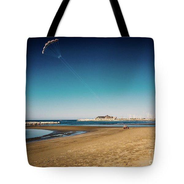 Kitesurf On The Beach Tote Bag