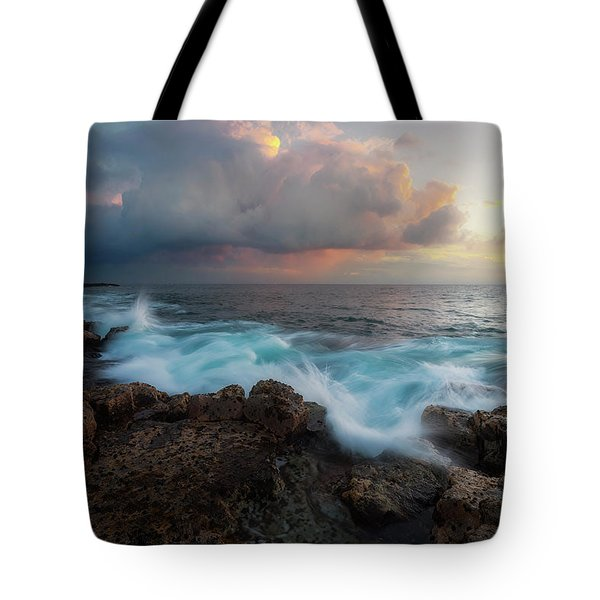 Tote Bag featuring the photograph Kona Gold by Ryan Manuel