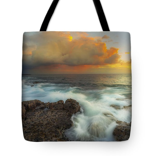 Tote Bag featuring the photograph Kona Rush Hour by Ryan Manuel