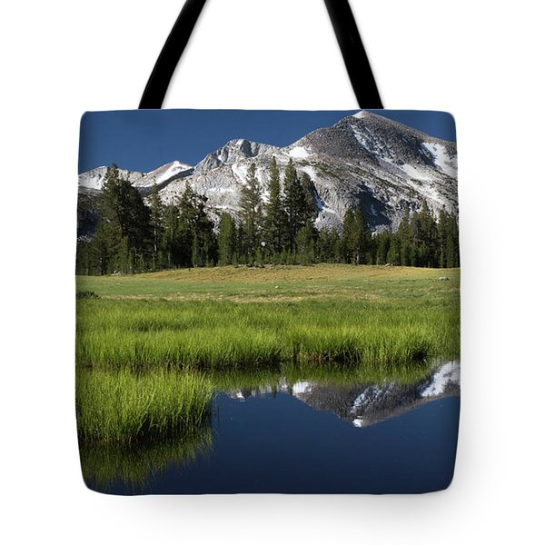 Kuna Crest Tote Bag