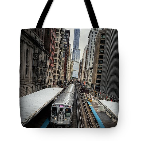 L Train Station In Chicago Tote Bag