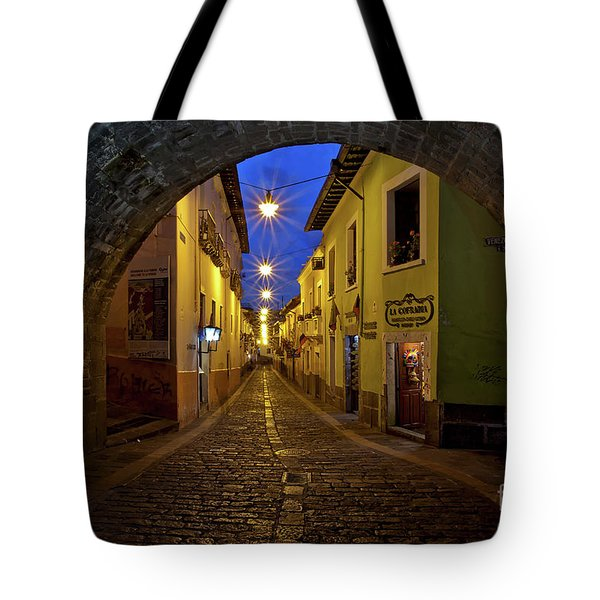 La Ronda Calle In Old Town Quito, Ecuador Tote Bag