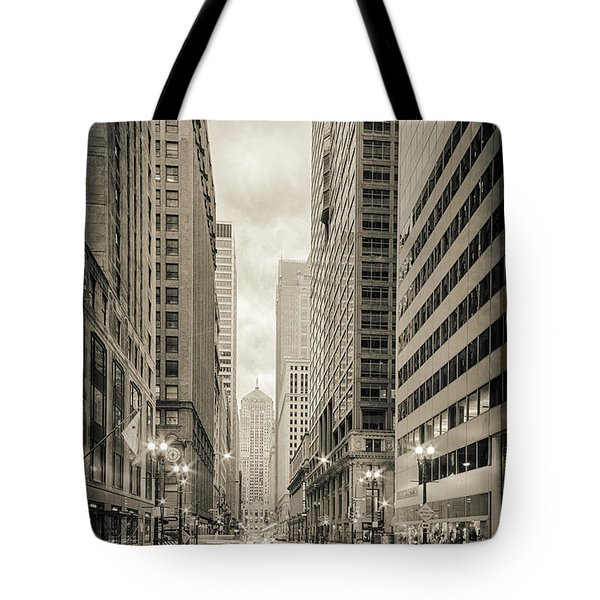 Lasalle Street Canyon With Chicago Board Of Trade Building At The South Side - Chicago Illinois Tote Bag