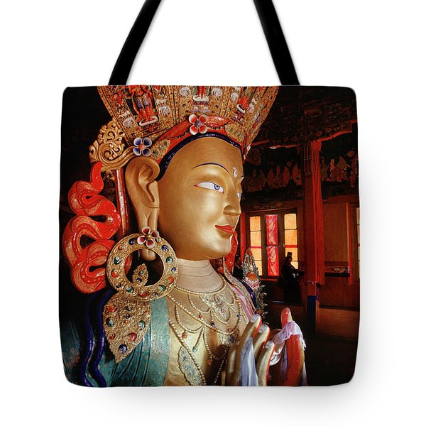 Tote Bag featuring the photograph Ladakh_41-2 by Craig Lovell