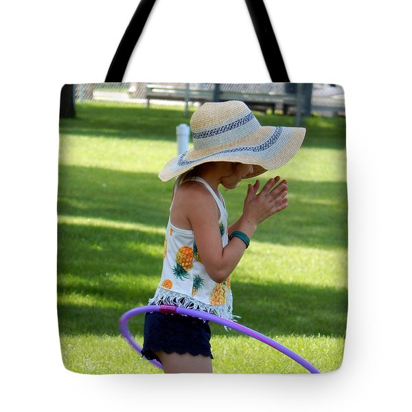 Lady Gwen Hula Tote Bag
