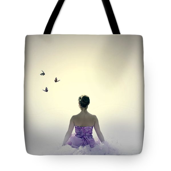 Lady On The Beach Tote Bag by Joana Kruse