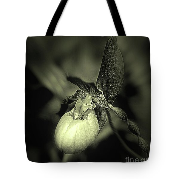 Lady Slipper Orchid Flower Tote Bag