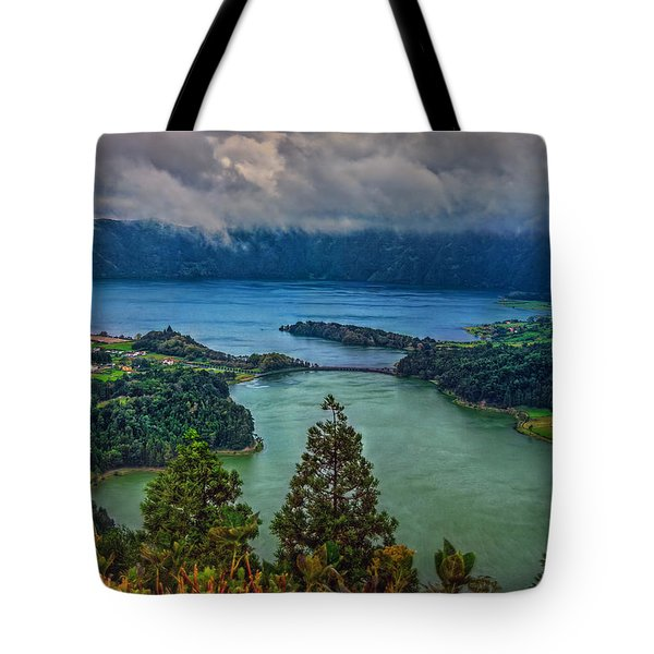 Lagoa Verde E Lagoa Azul Tote Bag