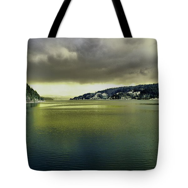 Tote Bag featuring the photograph Lake Coeur D' Alene by Jeff Swan