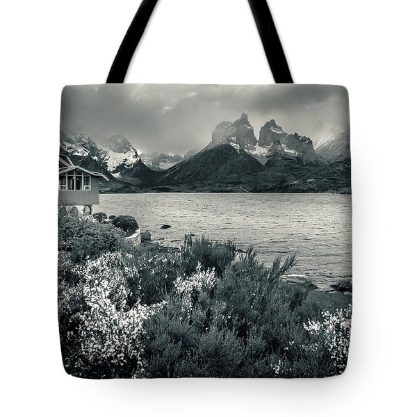Tote Bag featuring the photograph Lake Pehoe In Black And White by Andrew Matwijec