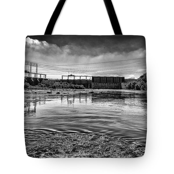 Lake Wylie Hydro-electric Dam Bw Tote Bag