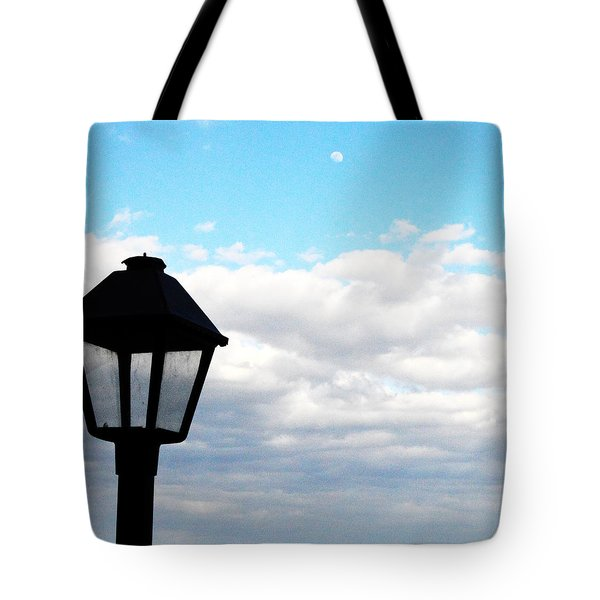 Tote Bag featuring the photograph Lamp Post by W And F Kreations