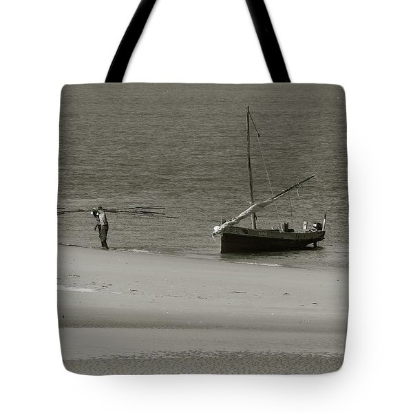 Lamu Island - Wooden Fishing Dhow Getting Unloaded - Black And White Tote Bag by Exploramum Exploramum