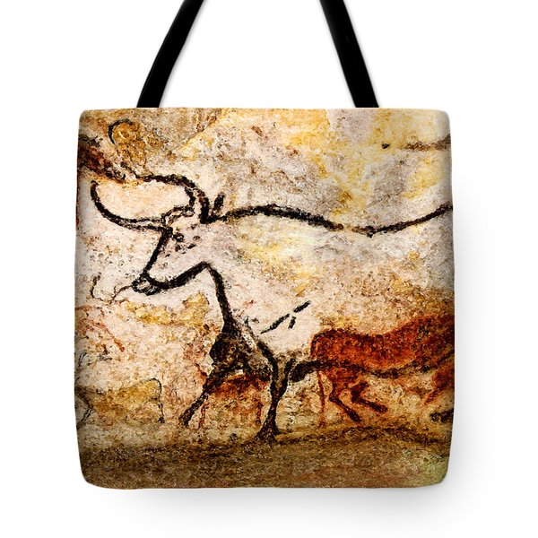 Lascaux Hall Of The Bulls - Aurochs Tote Bag
