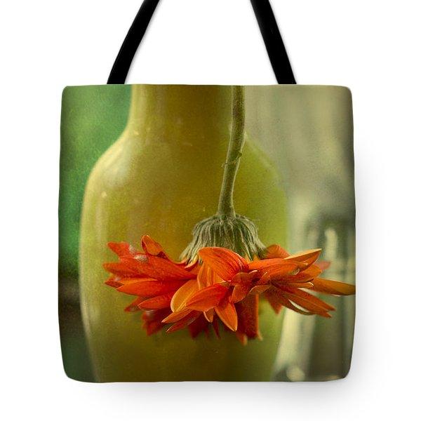 Last Daisy Tote Bag