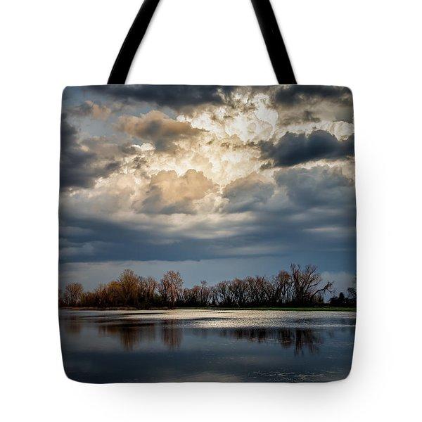 Last Light Tote Bag by James Barber