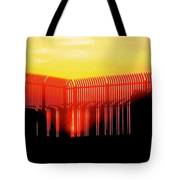 Last Ray Tote Bag