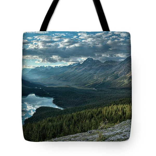 Last Rays Of Light Over Peyto Lake Tote Bag by Sebastien Coursol