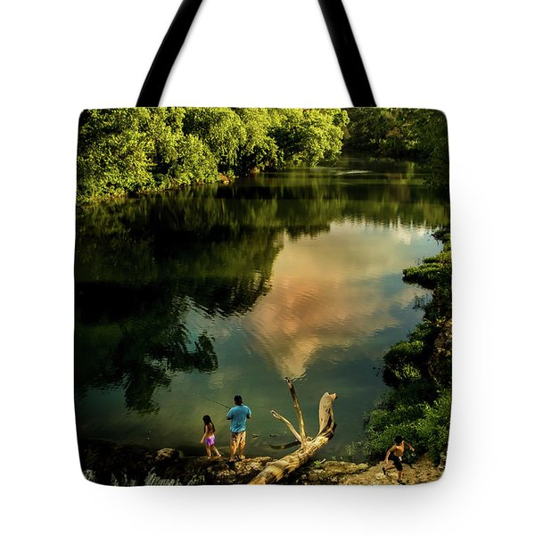 Tote Bag featuring the photograph Last Seconds Of Summer by Robert Frederick