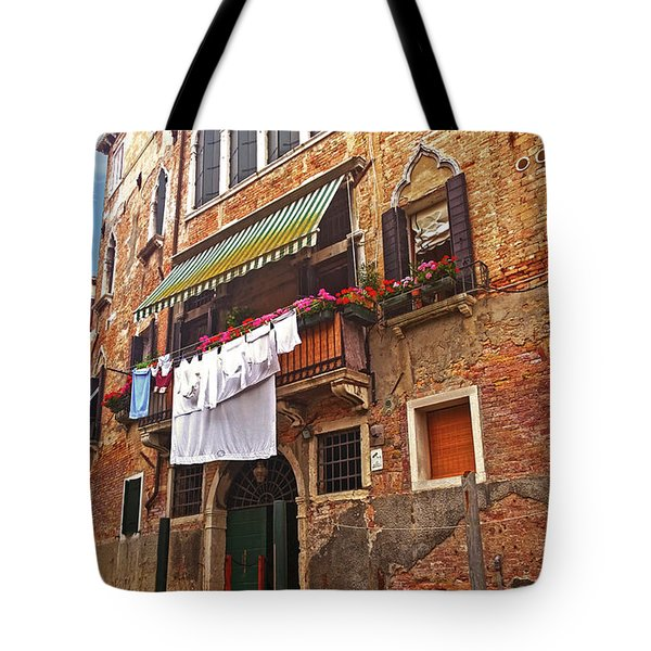 Tote Bag featuring the photograph Laundry Drying In Venice by Anne Kotan