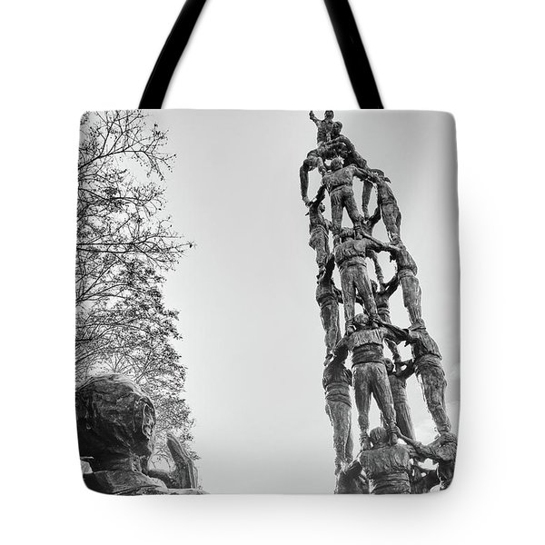 Tote Bag featuring the photograph Les Castellers Monument In Tarragona by Eduardo Jose Accorinti