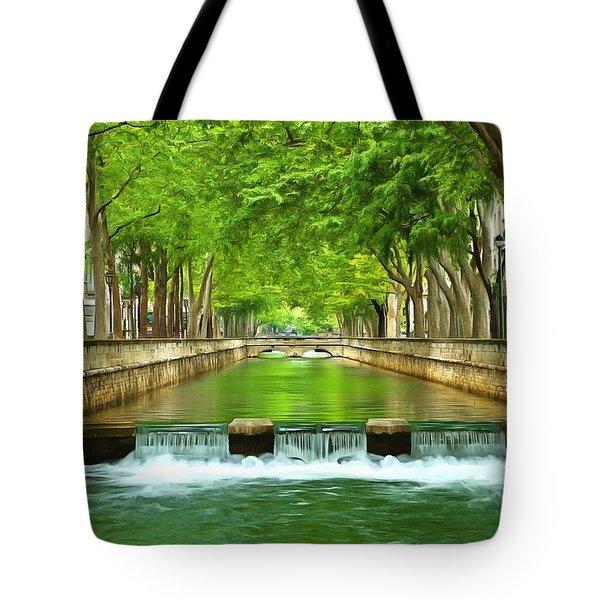 Les Quais De La Fontaine Nimes Tote Bag