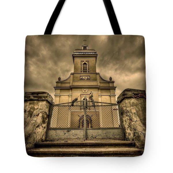 Let Love In Tote Bag