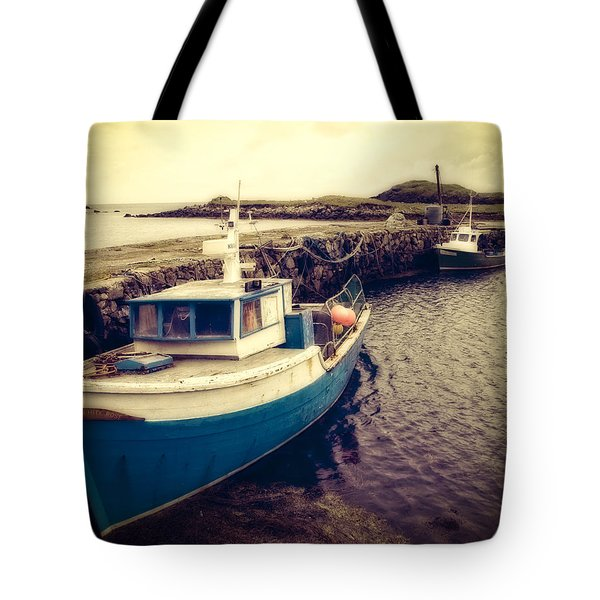 Tote Bag featuring the photograph Leverburgh Harbour Outer Hebrides by Ray Devlin
