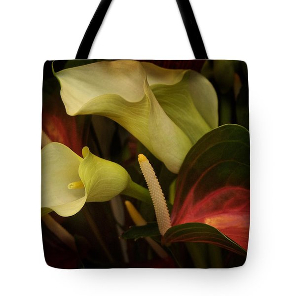 Tote Bag featuring the photograph Li Ly Land by Richard Cummings