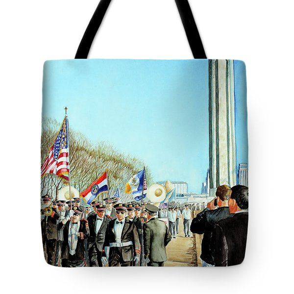 Liberty Memorial Kc Veterans Day 2001 Tote Bag