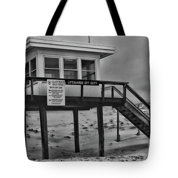 Tote Bag featuring the photograph Lifeguard Station 1 In Black And White by Paul Ward
