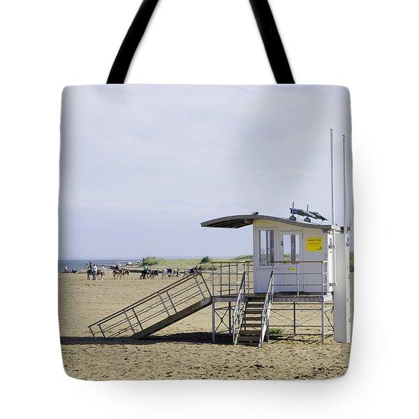 Lifeguard Station At Skegness Tote Bag by Rod Johnson