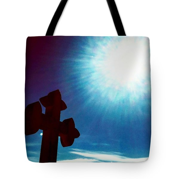 Light And Shadow Clash Tote Bag