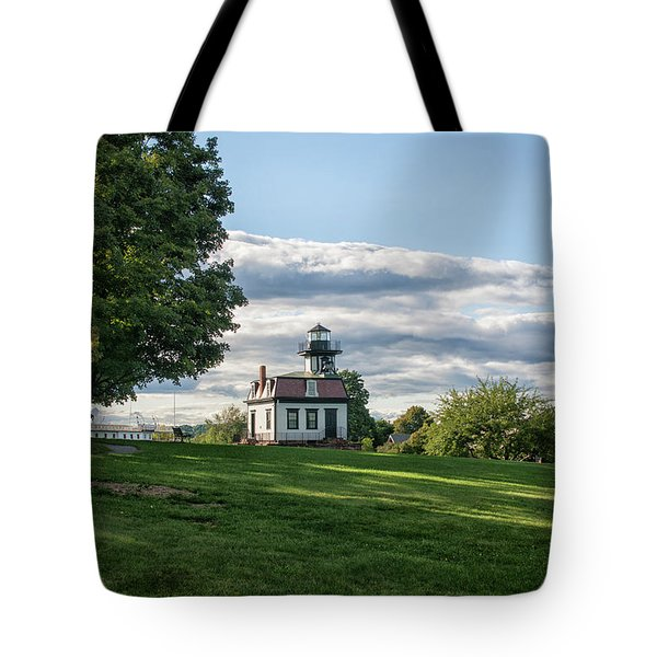 Lighthouse At Cape Cod Tote Bag