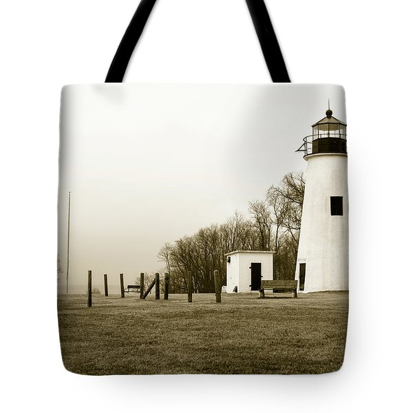 Tote Bag featuring the photograph Lighthouse At Turkey Point by Dennis Dame