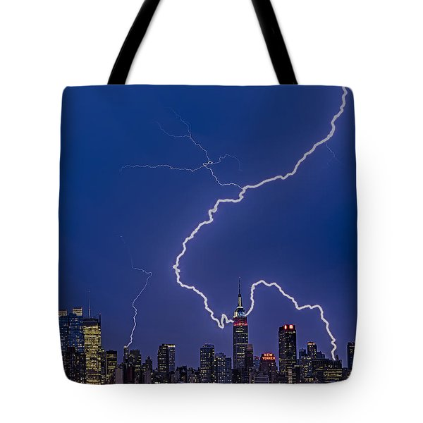 Lightning Bolts Over New York City Tote Bag by Susan Candelario